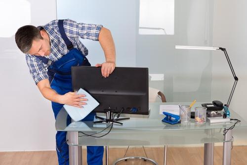 Vệ sinh các thiết bị công nghệ trong nhà: 1