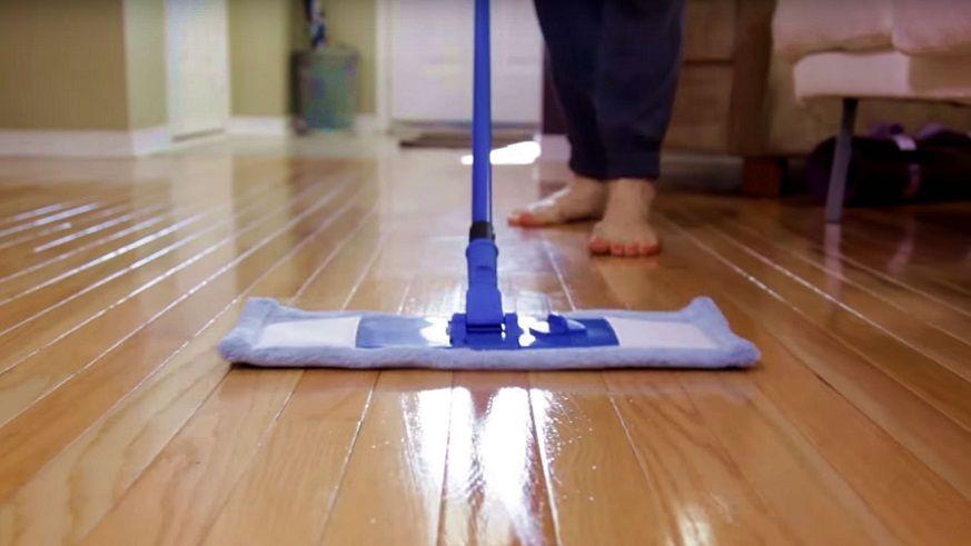 Vệ sinh sàn nhà, thảm trải sàn thường xuyên 1